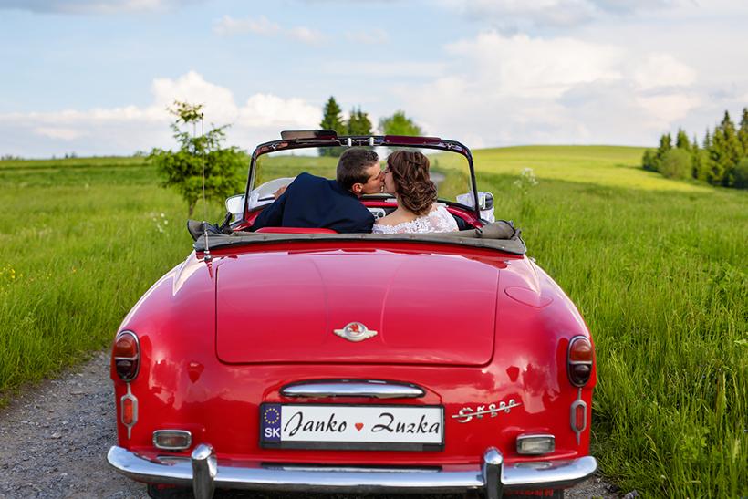 Svadobné retro auto